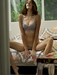 Lena Anderson bare in glamour AFTERNOON NAP gallery - MetArt.com