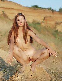 Glamour Beauty - Naturally Beautiful Amateur Nudes