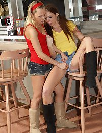 Feast BAR with Jeanie, Maddy OReilly - ALS Look over