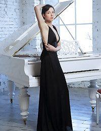 MetArt - Bellona A BY Arkisi - Introducing BELLONA