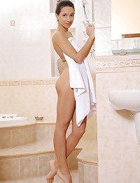 Kenya nude in erotic GRONA gallery - MetArt.com