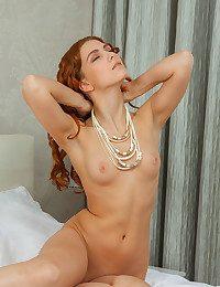 Carinela nude in glamour TARIEG gallery - MetArt.com