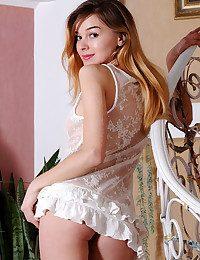 Kaleesy nude in erotic RENALCA gallery - MetArt.com