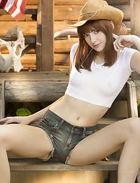 Lena Anderson nude in glamour LANDEL gallery - MetArt.com