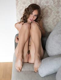 Gracie nude in erotic REVEA gallery - MetArt.com