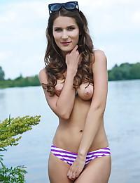 Elina nude in glamour VERSA gallery - MetArt.com
