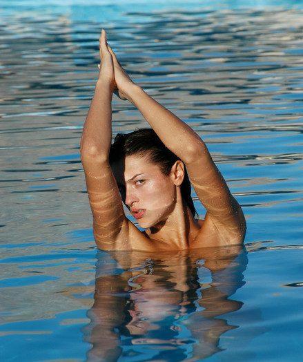 Sharon E: Cancun by Voronin