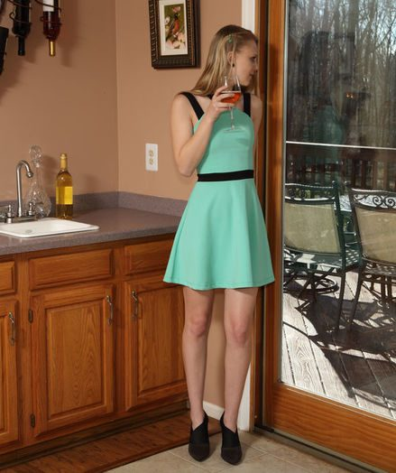 WET BAR with Lily Rader - ALS Scan