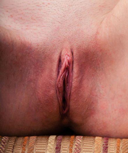 Leona Stunner nude in softcore PARADI gallery - MetArt.com