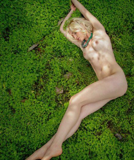 Janelle B nude in erotic TRENIA gallery - MetArt.com