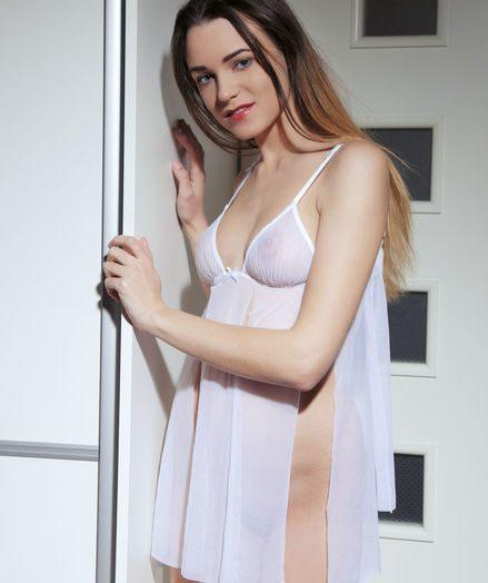 Evangelina naked in erotic Introducing EVANGELINA gallery - MetArt.com