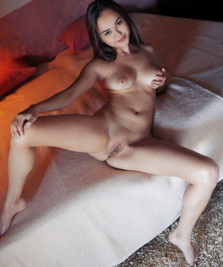 Li Moon nude in erotic PINDA gallery - MetArt.com