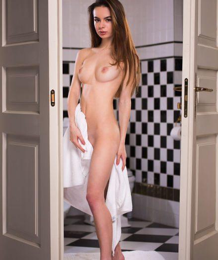 Debora A naked in erotic ANREIN gallery - MetArt.com