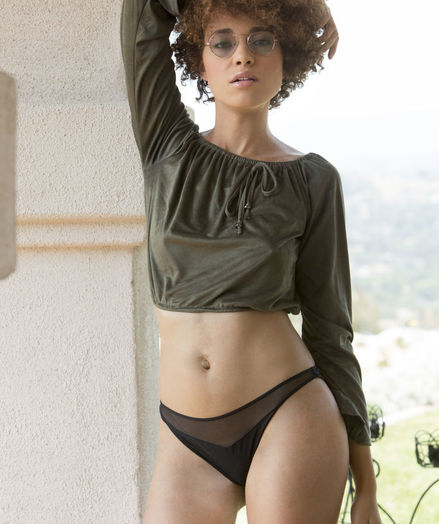 Sheila J nude in erotic PRESENTING SHEILA J gallery - MetArt.com