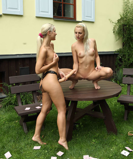 FLUSH with Lola, Katy Rose - ALS Scan
