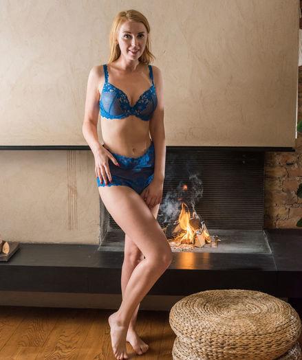 Helene nude in erotic ERISTA gallery - MetArt.com