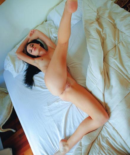Sultana nude in softcore SEDUTI gallery - MetArt.com