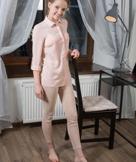 Faina Bona nude in erotic NOICCA gallery - MetArt.com