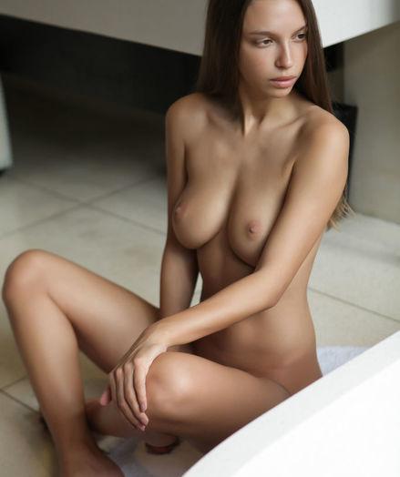 Elin nude in erotic UTOSA gallery - MetArt.com