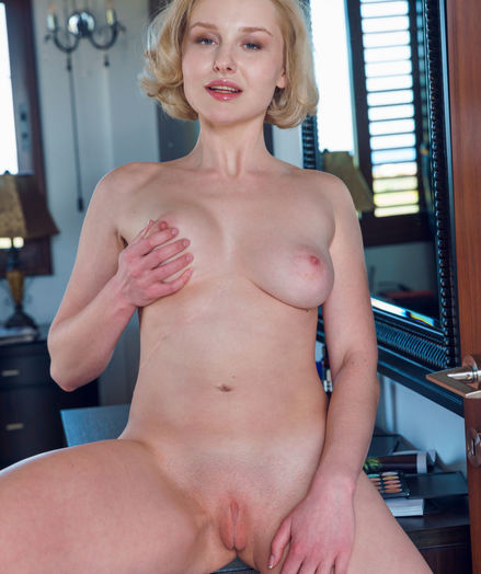 Kery nude in erotic ATHOE gallery - MetArt.com