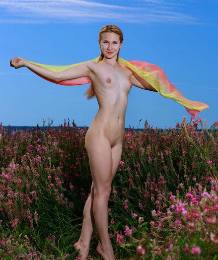 Kendell naked in erotic ENCHANTRESS gallery - MetArt.com