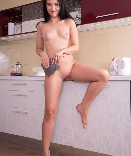Bella Blue nude in erotic PRESENTING BELLA BLUE gallery - MetArt.com