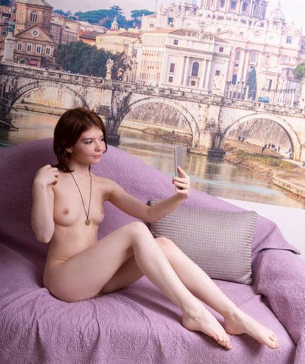 Renzi naked in softcore PERSONAL SELFIE gallery - MetArt.com
