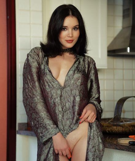 Malena nude in erotic Yummy MORSEL gallery - MetArt.com