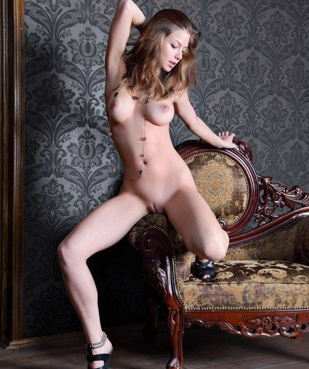 Elegant and refined model fro charming personality and supple assets.