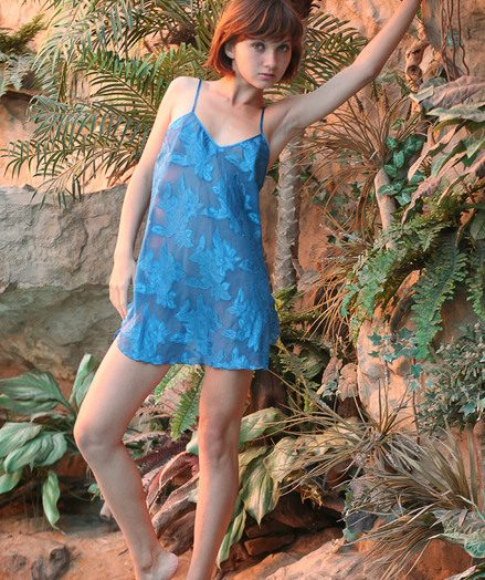 Skinny petite Vera teen shows off around the conjoin