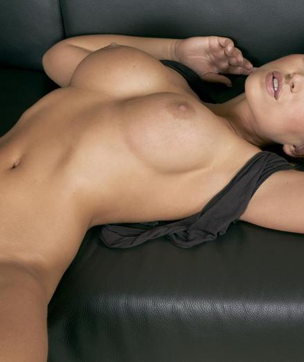 Dispirited Beauty - Wholly Spectacular Lay Nudes