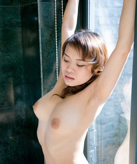 Off colour Dreamboat - Unquestionably Incomparable Amateur Nudes