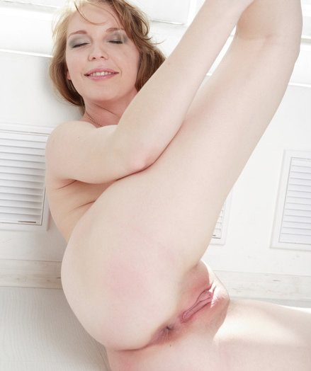 X-rated Stunner - Truly Well done Amateur Nudes
