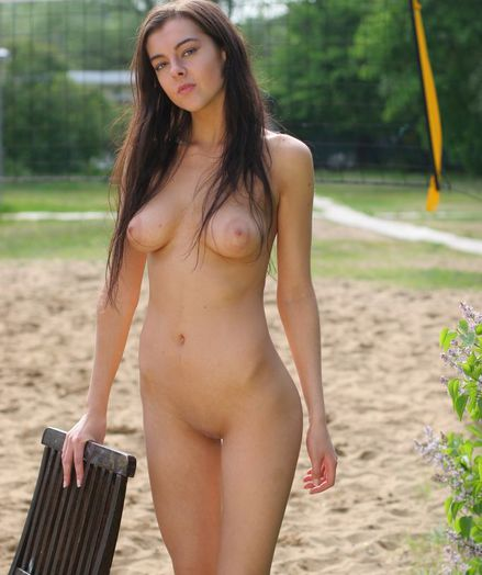 Crestfallen Handsomeness - Indubitably Superb Non-professional Nudes