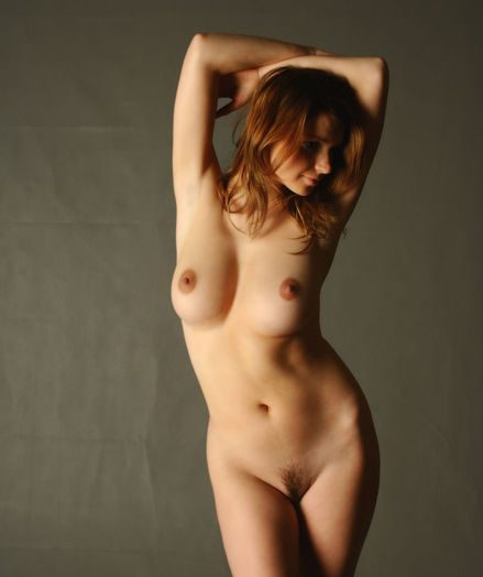 Glum Stunner - Naturally Well done Clumsy Nudes