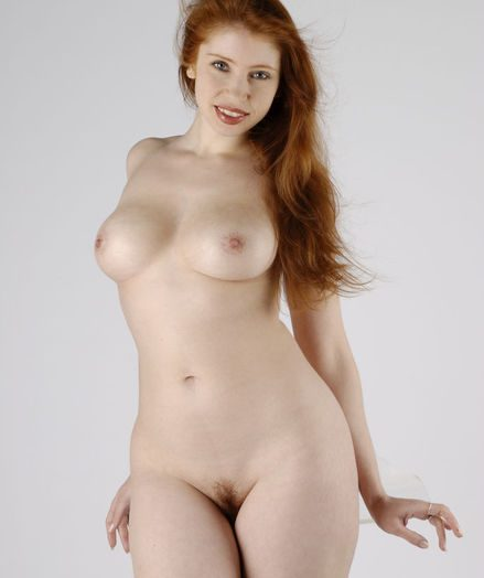 Blue Stunner - Naturally Beautiful Amateur Nudes
